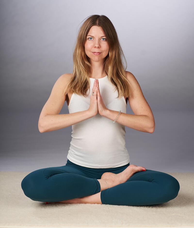 Ida underviser i yin yoga