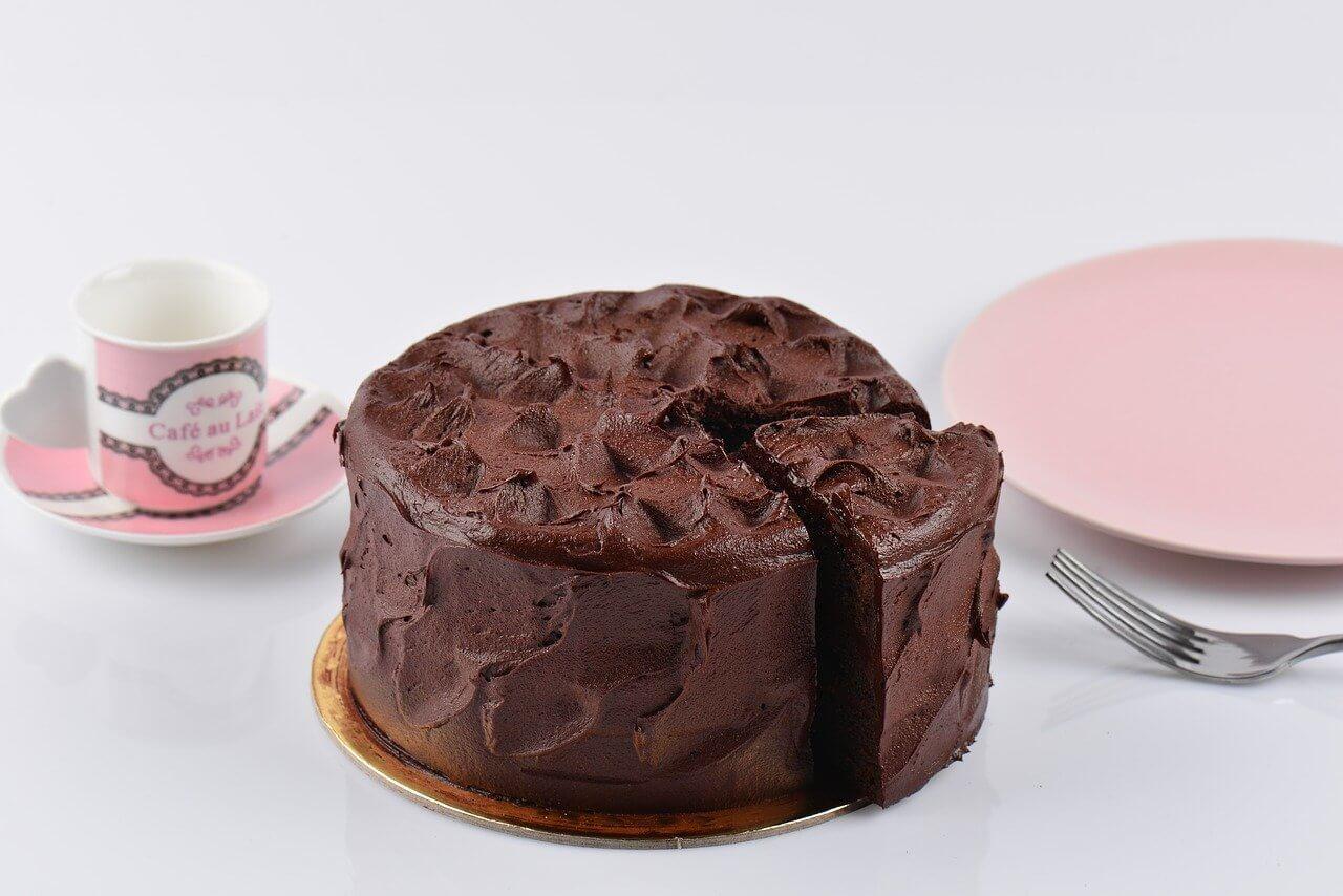 Mandelkake med sjokoladetrekk